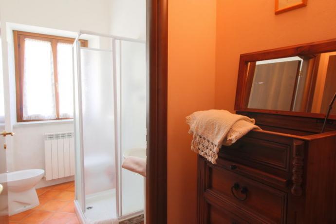 Affitto Casolare Marche: Penta 15/23 - bagno