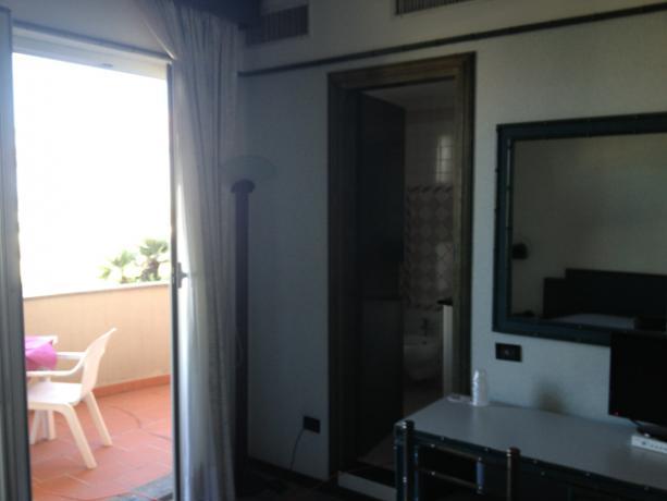 Camere con Balcone vista Mare a Numana