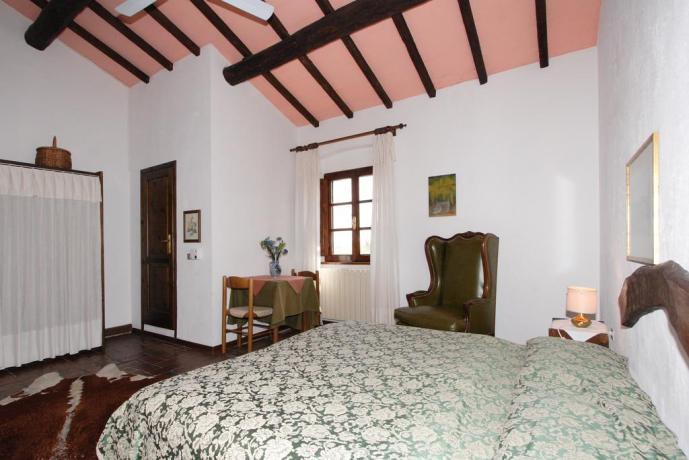 Camere curate nei dettagli, Casale, Toscana