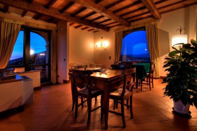 Albergo Castiglion del Lago, ristorante ed ampio salone