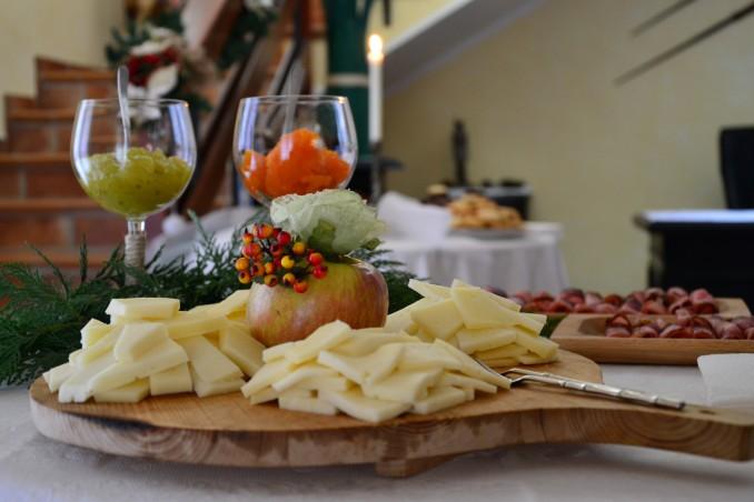 Formaggi e salumi Casale a Montecchio