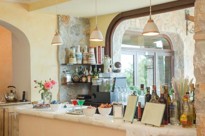 Angolo Bar in Hotel4stelle ideale per Coppie-Famiglie vicino-Policastro