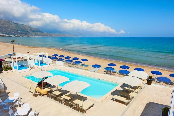 Hotel con piscina vicino al mare Sicilia