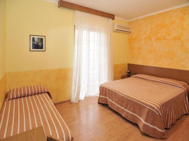 Camera matrimoniale comfort albergo nel Gargano