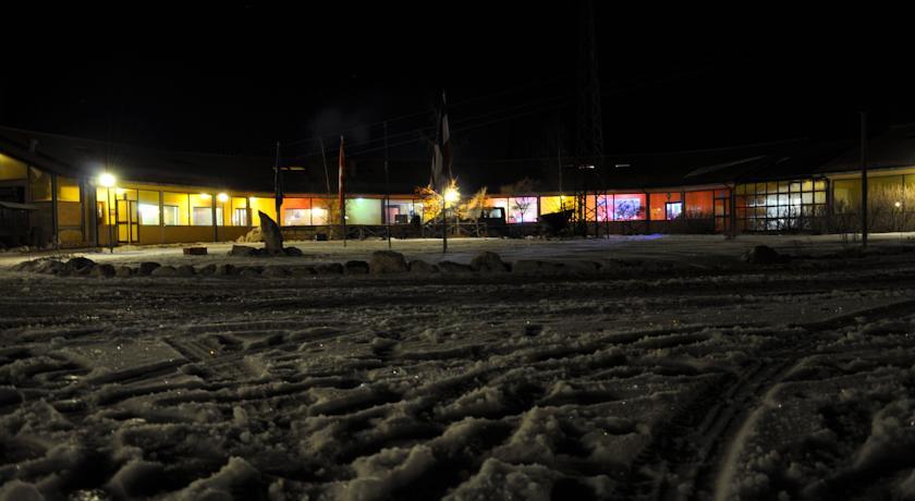 Resort di notte a Lucoli ideale per sciare
