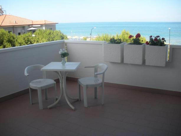 Balcone vista mare appartamento a Silvi Marina