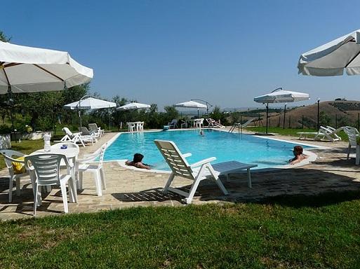 Agriturismo con piscina e vasca idromassaggio Abruzzo