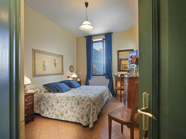 Camere matrimoniale Vista Lago di Garda
