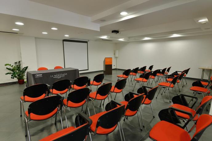 A Hotel Perugia sala Meeting 150 posti