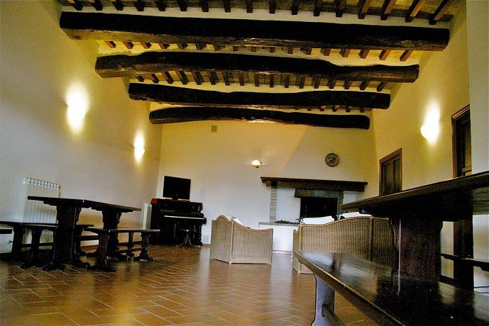 Casale con Camino in Umbria
