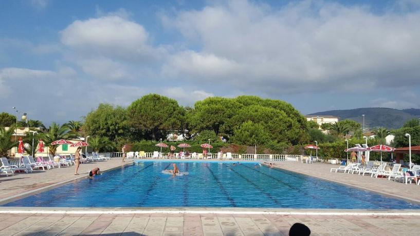 Villino a Scalea con Piscina e Spiaggia privata