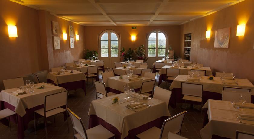 Bellissimo ristorante interno anche per cerimonie