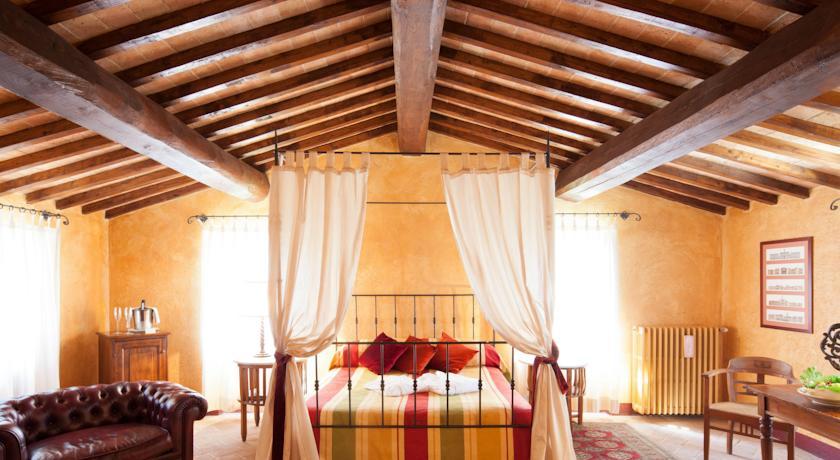 Raffinate Suite con vista sulle colline di Todi