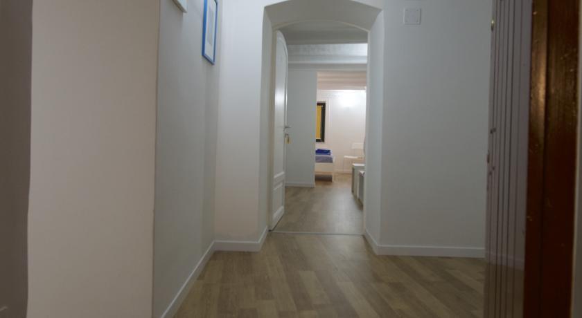 Ampi Appartamenti con Bagno Privato Palermo Centro