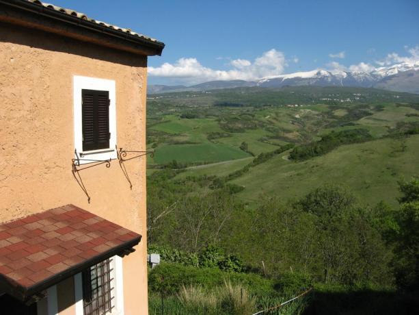 Appartamento in Abruzzo - balcone vista monti