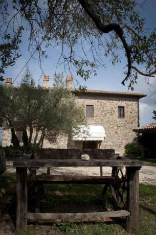 Casale con piscina vicino Todi