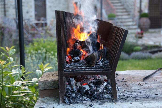 Villa a perugia con barbecue esterno