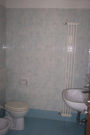 Bagno riservato in appartamento a Cervia