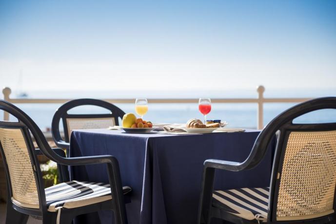 Hotel Parco del Circeo con disponibilità aperitivo