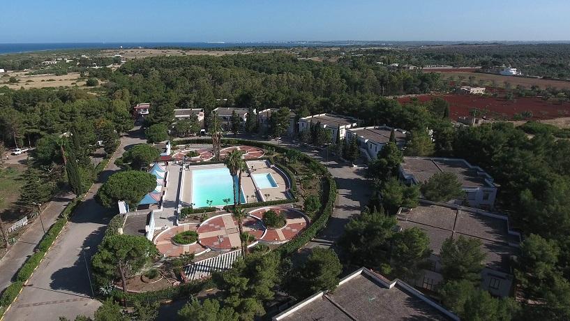 Villaggio Turistico Marina di Mancaversa con piscina