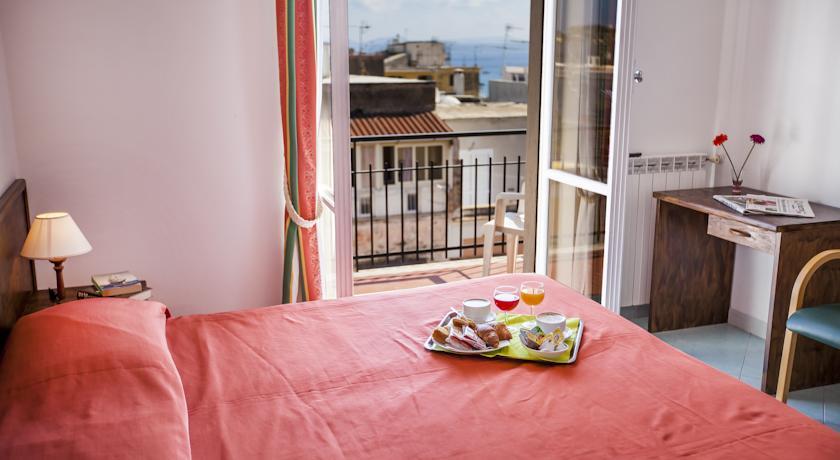Camere con terrazzino Hotel Porto di Ischia