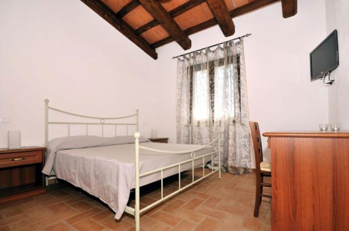 Camera appartamento Trebbiano, Montebuono