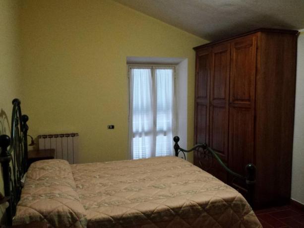 Camera matrimoniale con Terrazzo a Bettona