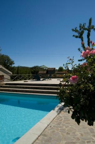 piscina esterna per gli ospiti
