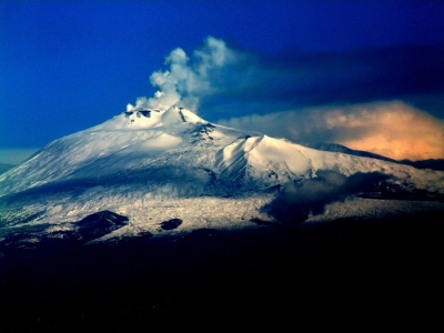 Hotels And B&Bs Overlooking The Volcano Etna