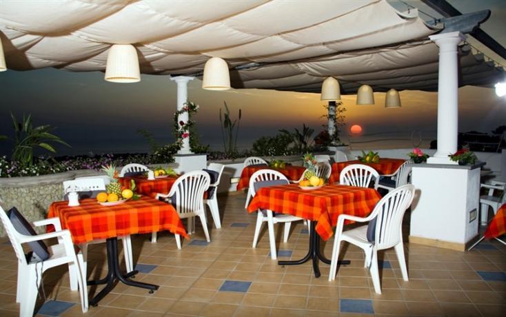 Residence ad Ischia con ristorante esterno