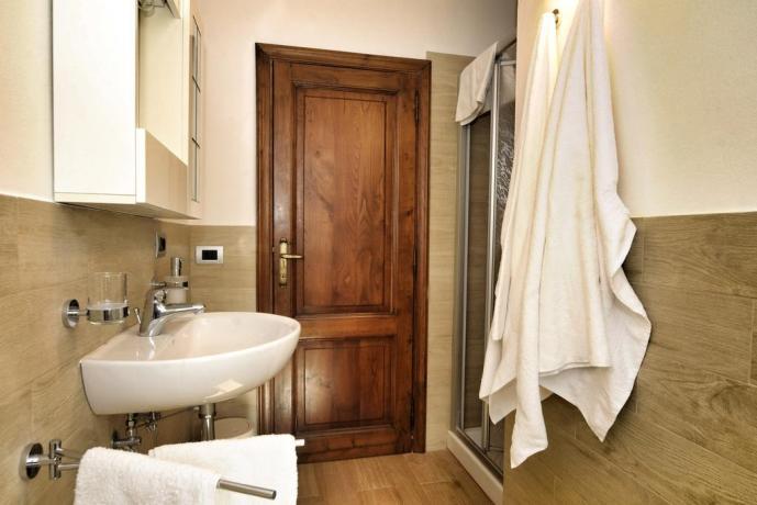 Bagno con doccia B&B ad Arezzo