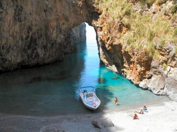 Spiaggia San Nicola Arcella