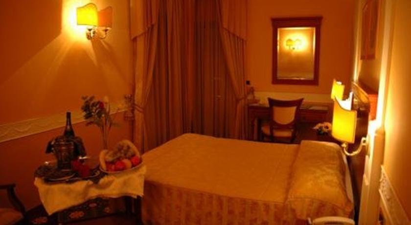 Camera Standard 4 Stelle Grand Hotel Anzio