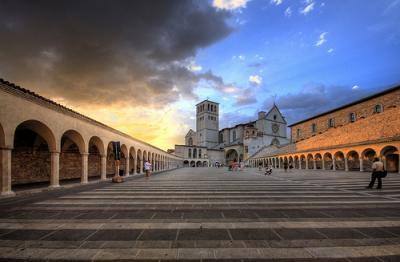 casa vacanze acquatino vicino Assisi