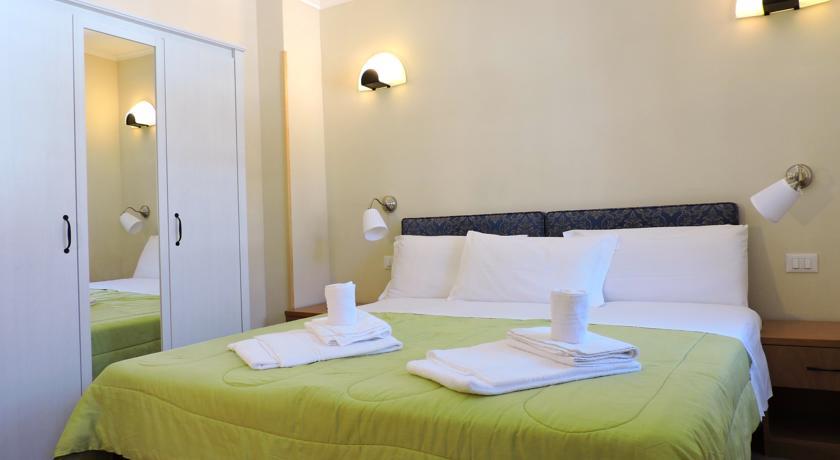 Camera da letto con servizi privati
