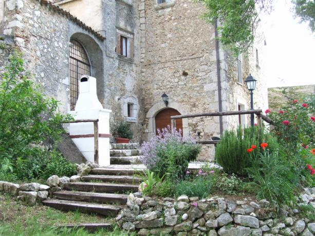 Appartamenti indipendenti a Fontecchio