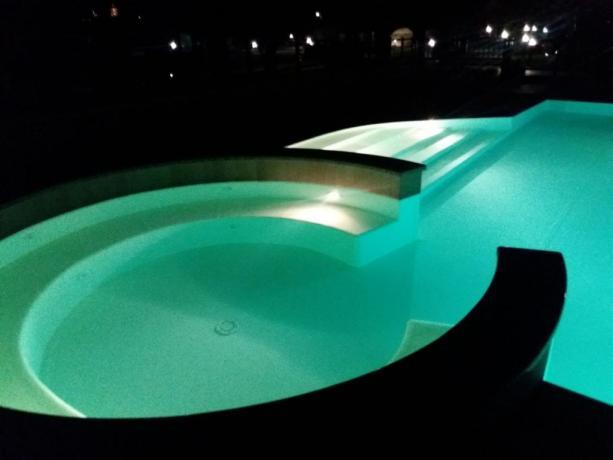 Appartamenti vacanza, Piscina al sale con Idromassaggio
