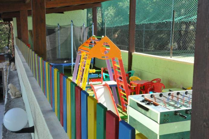 Villaggio vacanza con parco giochi per bambini