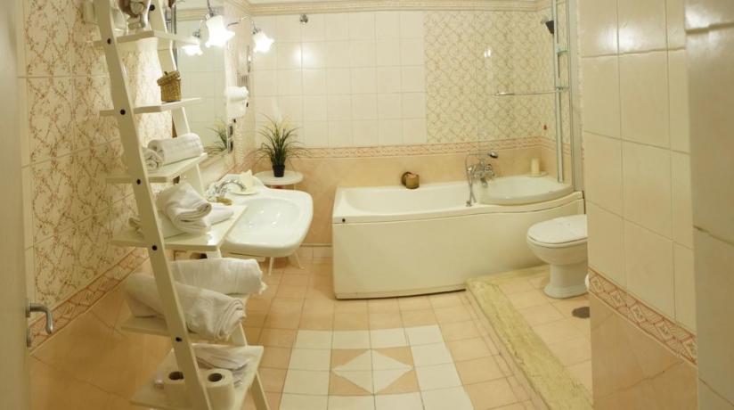 Camera con vasca idromassaggo hotel vicino Napoli