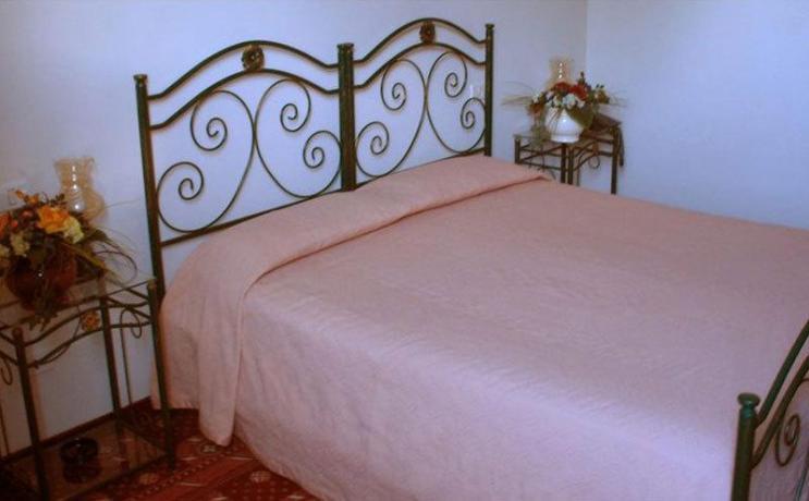 Hotel 3 stelle camera matrimoniale 2persone Anzio