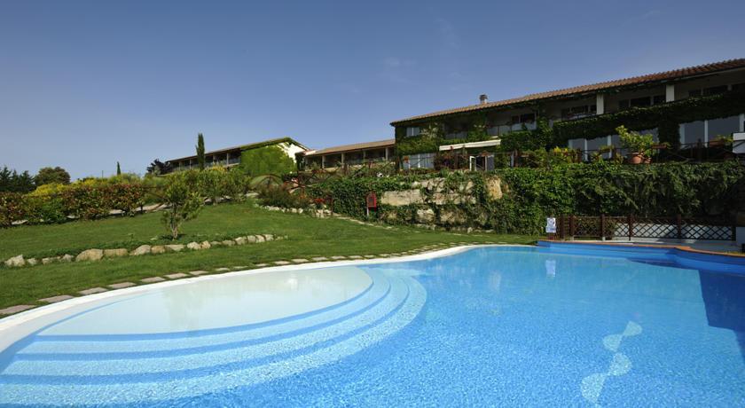 Centro Benessere Con Piscina Coperta In Toscana Spa In