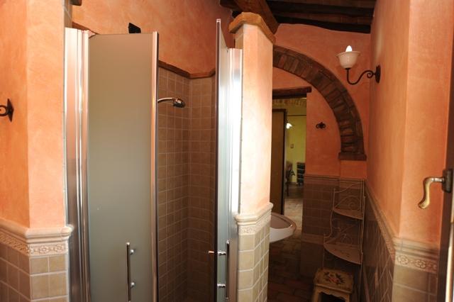bagno privato con cabina doccia appartamento Magnolia