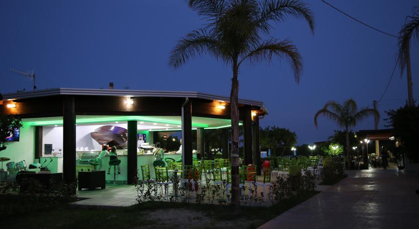 Hotel ad Aquilia con Lounge bar