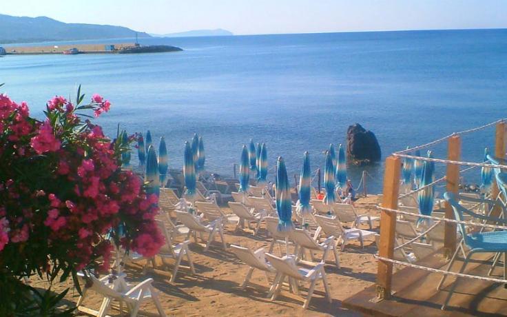 Hotel Cilento fronte mare con Spiaggia.