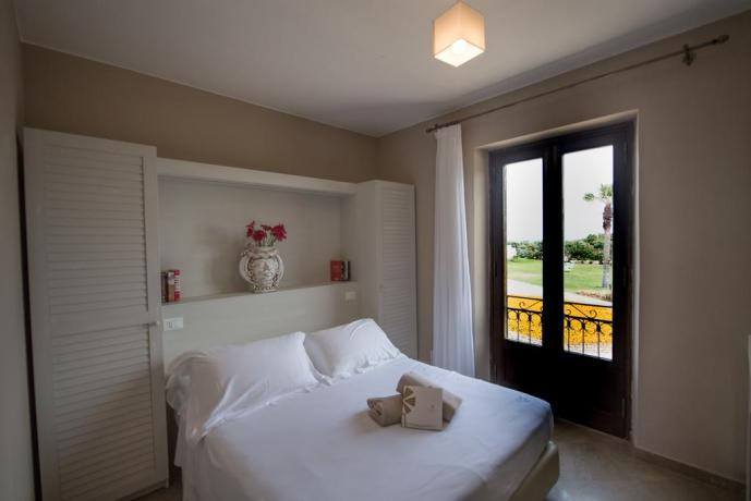 Camera in Albergo4stelle con Balcone a Trapani