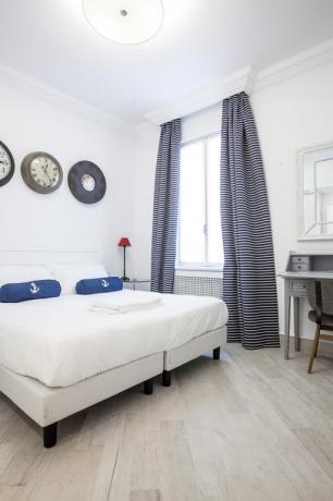 Hotel vicino Albenga Superior Dependance con finestra