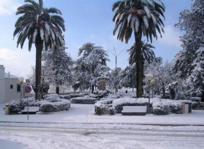 Holiday in Italy, Apulia summer or winter