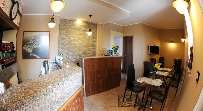 Hotel confortevole Lungomare, Villa di Anzio