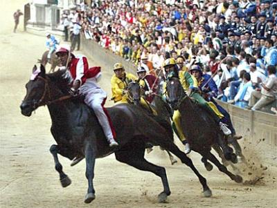 Hotel for the Siena Palio race Live