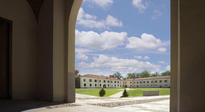Hotel a Bra con Parcheggio e Parco esterno